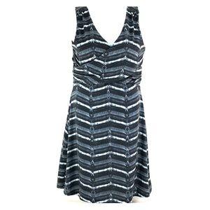 Athleta sleeveless wrap dress Sz M gray black